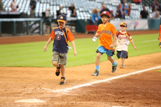 Kids run the bases every Sunday at MMP!