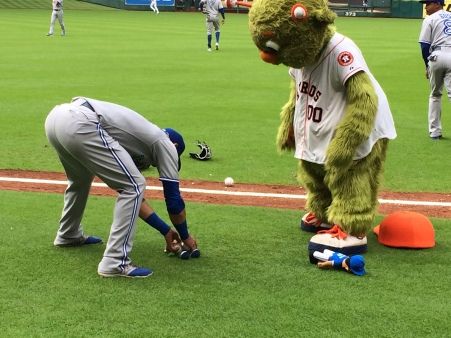 Bautista revives Orbit doll!