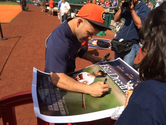 Jose Altuve signs his Big Dreams poster